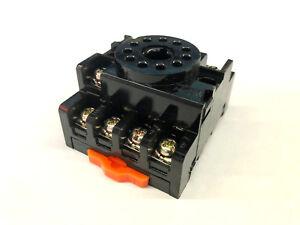 10A 11 Pin OMRON PF113A-E Socket 250V DIN Rail