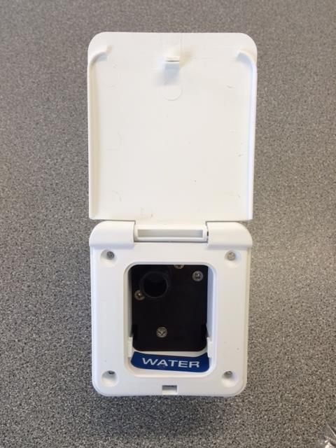 WHALE AQUASMART WHITE WATER INLET SOCKET FOR CARAVAN/MOTORHOME/BOAT UW5000