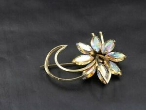 Vintage-Gold-Toned-Floral-Aurora-Borealis-Rhinestone-Brooch-Pin-c18