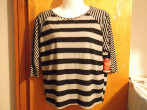 NEW FADED GLORY  SCOOP NECK  MIXED STRIPE 3//4 SLV   PULLOVER TOP in BLACK /& GREY