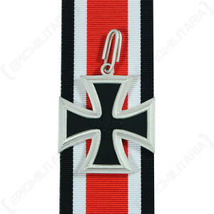1957-KNIGHTS-CROSS-OF-THE-IRON-cross-Repro-Medal-With-Ribbon-Oakleaf-German