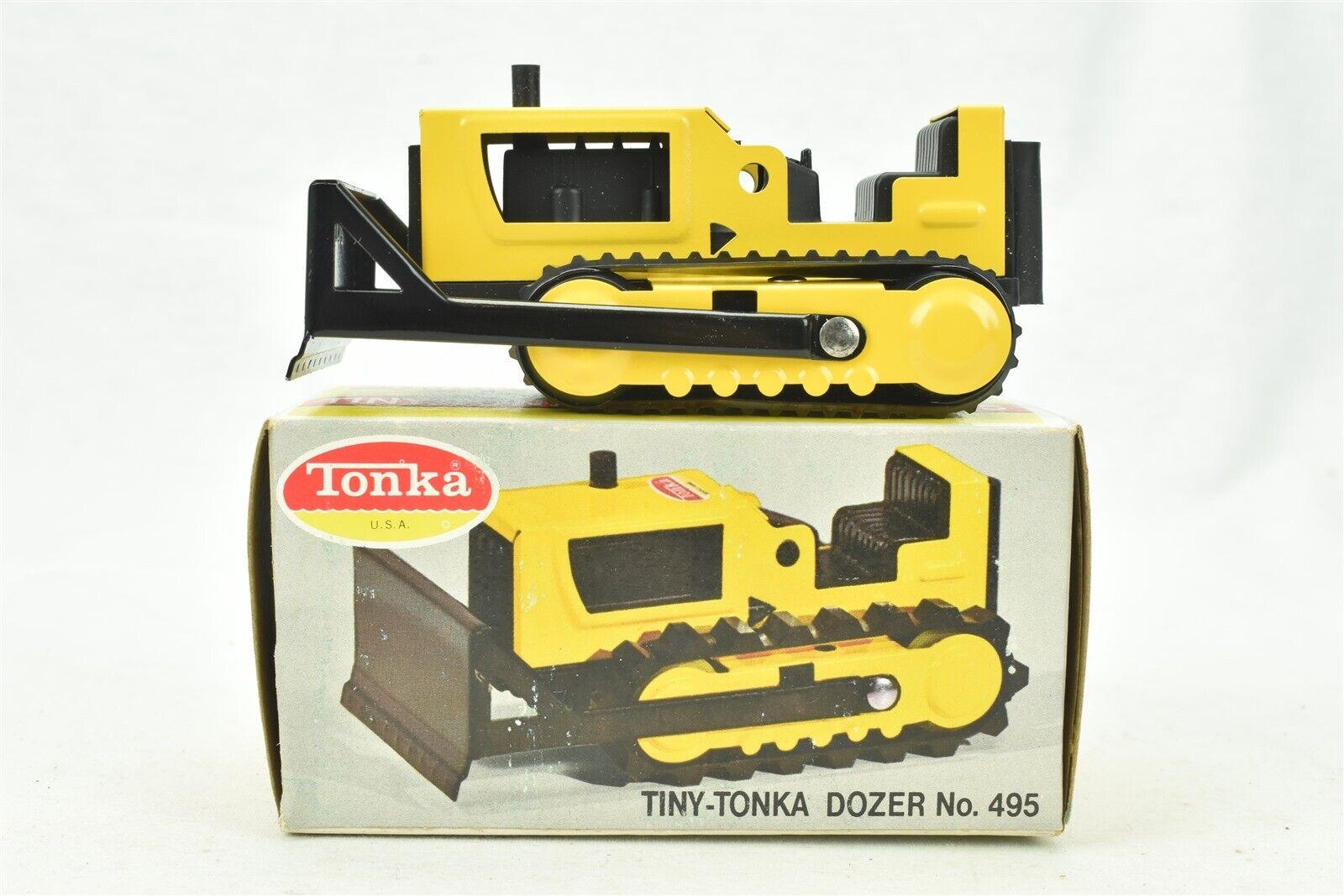 Tiny Tonka Dozer No. 495 w box & Toby Smokey Book