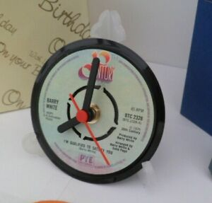 new-BARRY-WHITE-CLOCK-actual-VINYL-RECORD-CENTRE-Desk-Side-Table-Stand
