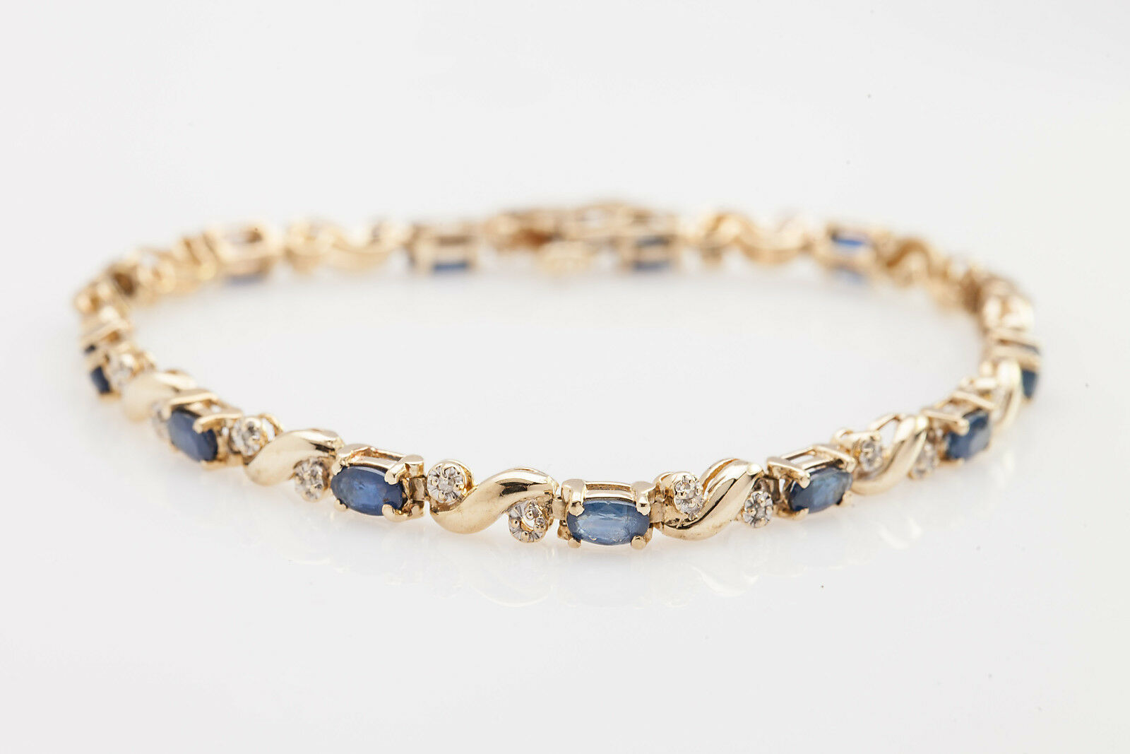 Estate  6000 10ct Natural bluee Sapphire Diamond 14k Yellow gold Tennis Bracelet