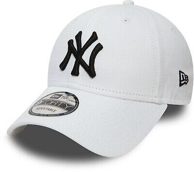 NY Yankees New Era 3930 League Basic  All Black Stretch Fit Baseball Cap