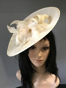 f735605f1bf Image is loading SUZANNE-BETTLEY-BUTTER-CREAM-WEDDING-HAT-DISC-FASCINATOR