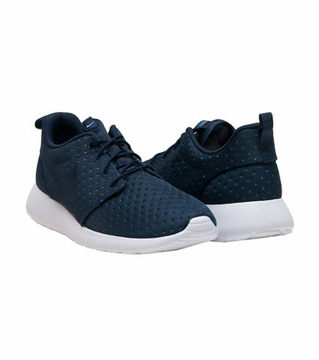 NIKE ROSHE ONE SE MEN'S SHOES SIZE 10.5 NEW IN BOX 844687 400