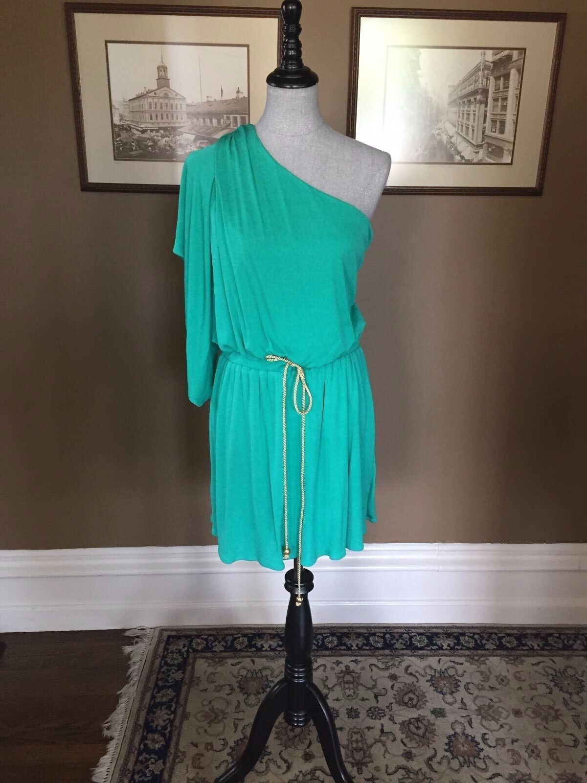 350 MILLY ONE SHOULDER BUTTERFLY SLEEVE DRESS IN GREEN NWOT SZ LARGE