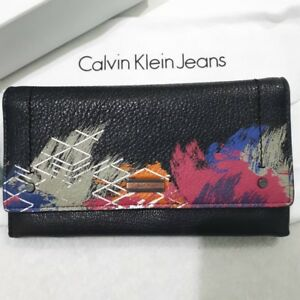 Calvin-Klein-Wallet