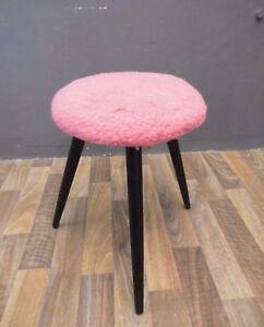 Hocker-Sitzhocker-Dreibein-stool-50er-50s-60er-60s-Vintage-mid-century-Design