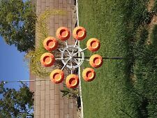 Spinning shooting clay holder wheel