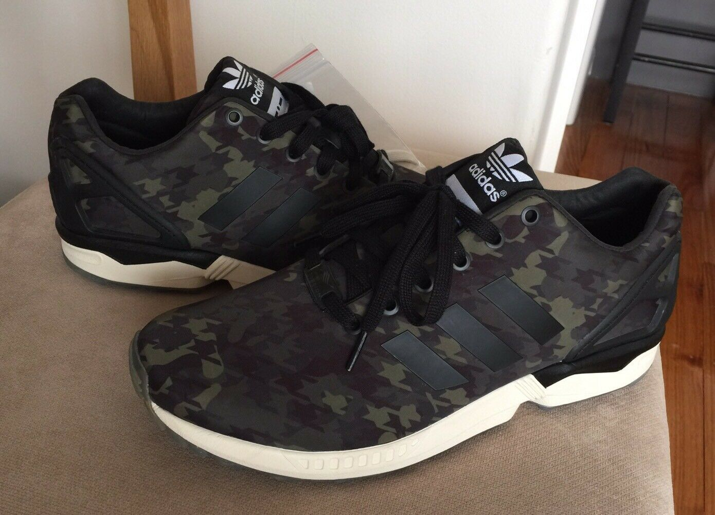 Adidas Zx Flux Italia Independent 9.5 noir Green Stan smith Ultra Boost Camo