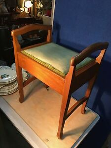Vintage-Australian-Qld-Maple-Lift-Top-Piano-Bedroom-Hall-Chair-Stool-1930-039-s