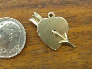 Vintage-sterling-silver-HEART-ARROW-LOVE-CUPID-VALENTINES-BEAU-BEAUCRAFT-charm