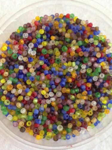 50g perles de rocailles en verre Mélange glacé environ 2mm taille 11//0 couleurs