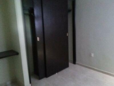 A la venta, edificio de departamentos 4 departamentos y PENT HOUSE con 4 habitaciones sobre avenida,