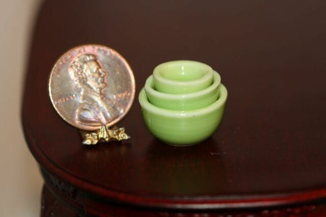Dollhouse Miniature Green Glazed Dish with Lid