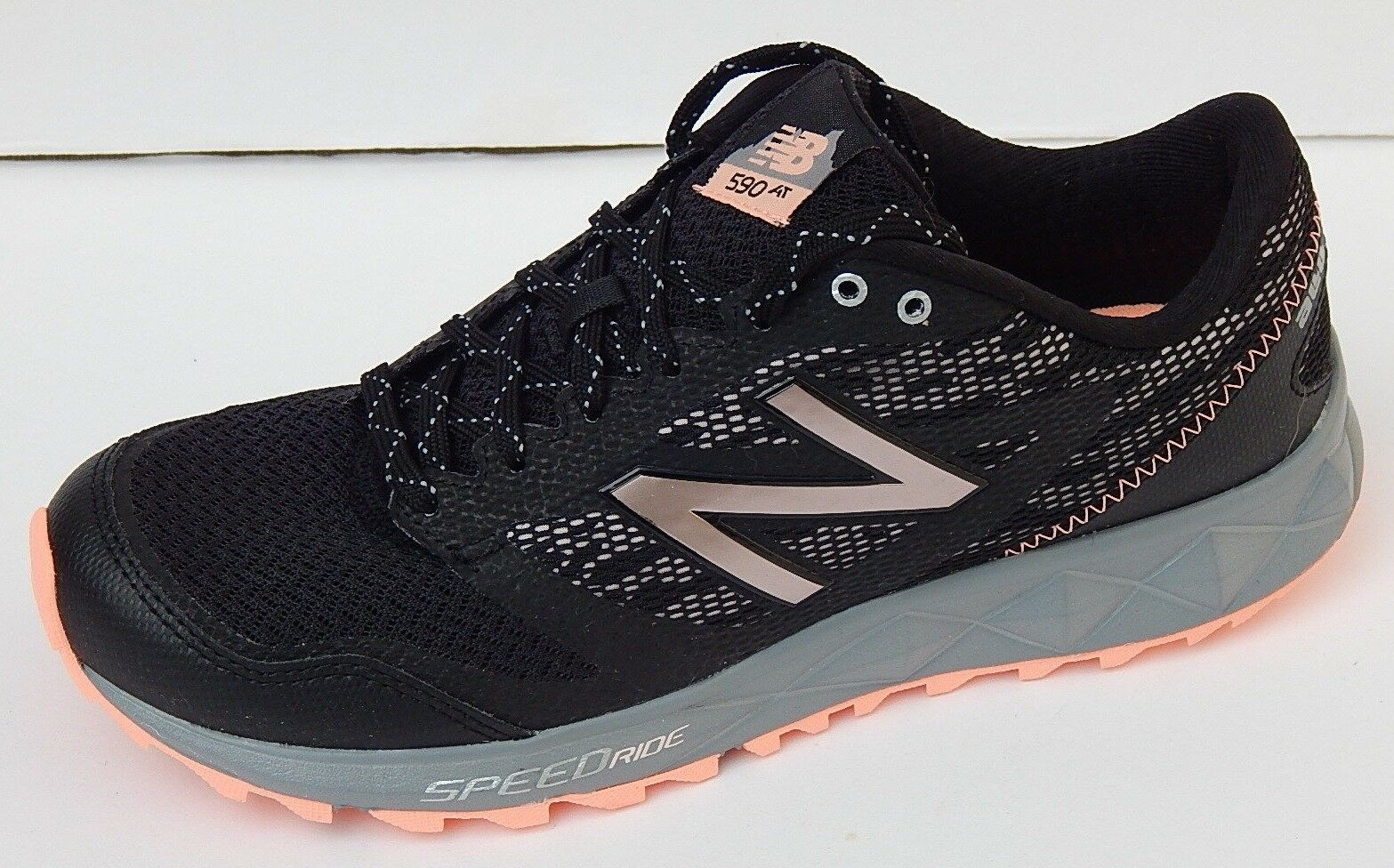 NEW BALANCE 590 SPEEDRIDE ALL TERRAIN damen Turnschuhe sz 8.5 8.5 8.5 B M NEW AUTHENTIC 851659