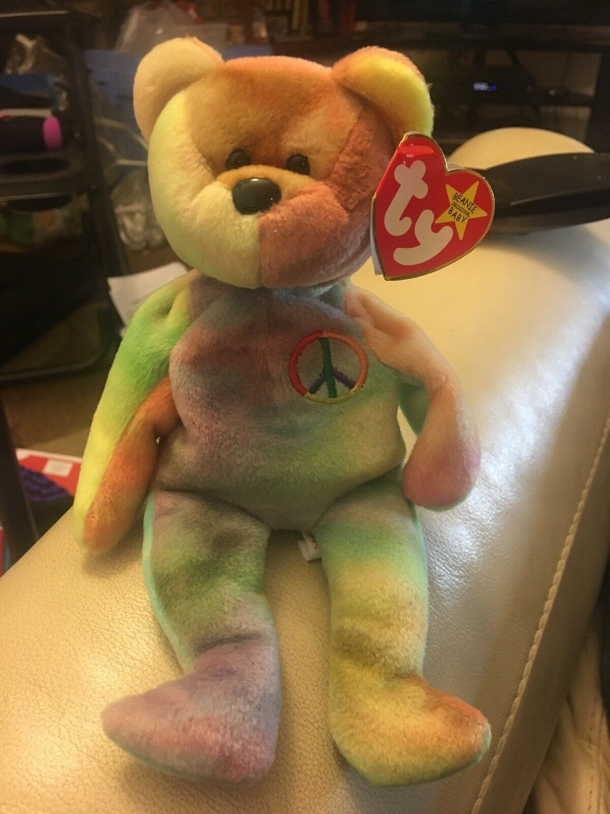 RARE Ty Beanie Baby Peace Bear Red stamp 119 1996 1996 1996 first gen two errors 3595e9
