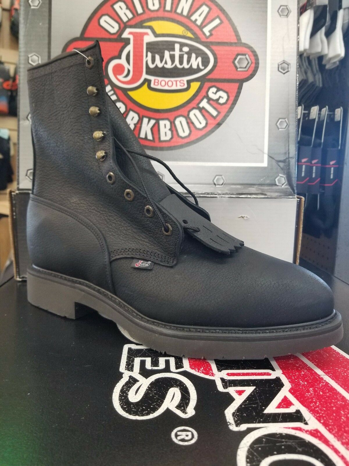 Justin Work Boots Style   767, 8  lace up, Safety Toe Black Leather