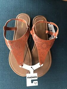 0941a0bb9917c Ladies Lg 9/10 Sandals Thong/heel strap NWT Sonoma Goods for Life ...
