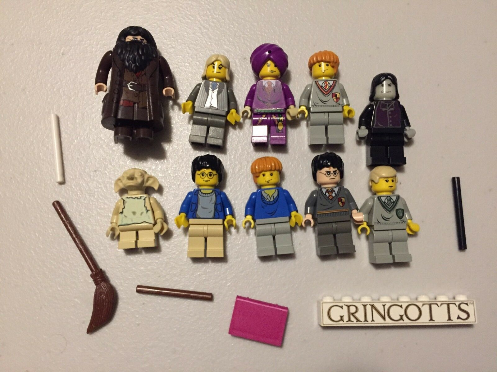 LEGO Harry Potter MINIFIG LOT of 10 MINIFIGS Dobby Hagrid Snape Lot v496B