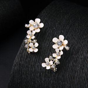 earrings-Nails-Golden-Clips-Flower-Enamel-White-Around-Ear-BB-13