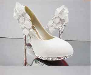 New-White-beautiful-Vogue-lace-Flowers-Crystal-High-Heels-Wedding-Bridal-Shoes