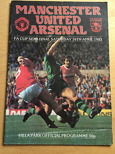 1983 FA CUP SEMI FINAL  Manchester United v Arsenal 16th April 1983 - <span itemprop='availableAtOrFrom'>Ashton-under-Lyne, United Kingdom</span> - 1983 FA CUP SEMI FINAL  Manchester United v Arsenal 16th April 1983 - Ashton-under-Lyne, United Kingdom