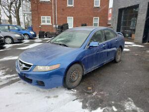 Acura TSX 2005 manuelle , cuir , Déjà sur pneus d'hiver !