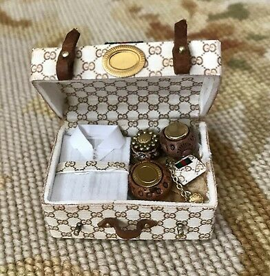 Pat Tyler Dollhouse Miniature Brown Bag Luggage Suitcase Medium Filled p903