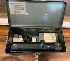 Spectroline Sl Series Ultraviolet Hand Lamp With Model 404 Viewing Case