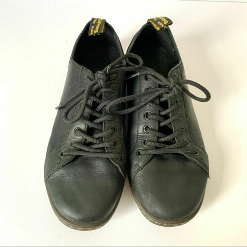 Dr. Martens Air Wair Leather Lightweight Shoes 9