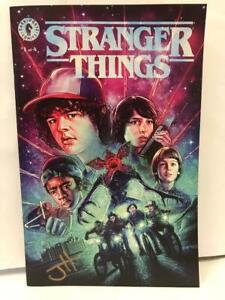 SDCC-2019-Excl-Glow-in-the-dark-Var-STRANGER-THINGS-1-SIGNED-by-JODY-HOUSER-COA