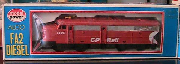 HO DIESEL FA2  LOCO CP RAIL   823 MODEL POWER  LOCOMOTIVE
