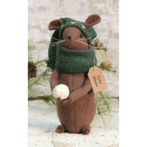 Adorable Country Christmas Winter TYLER THE MOUSE W// Hat /& Scarf NEW!
