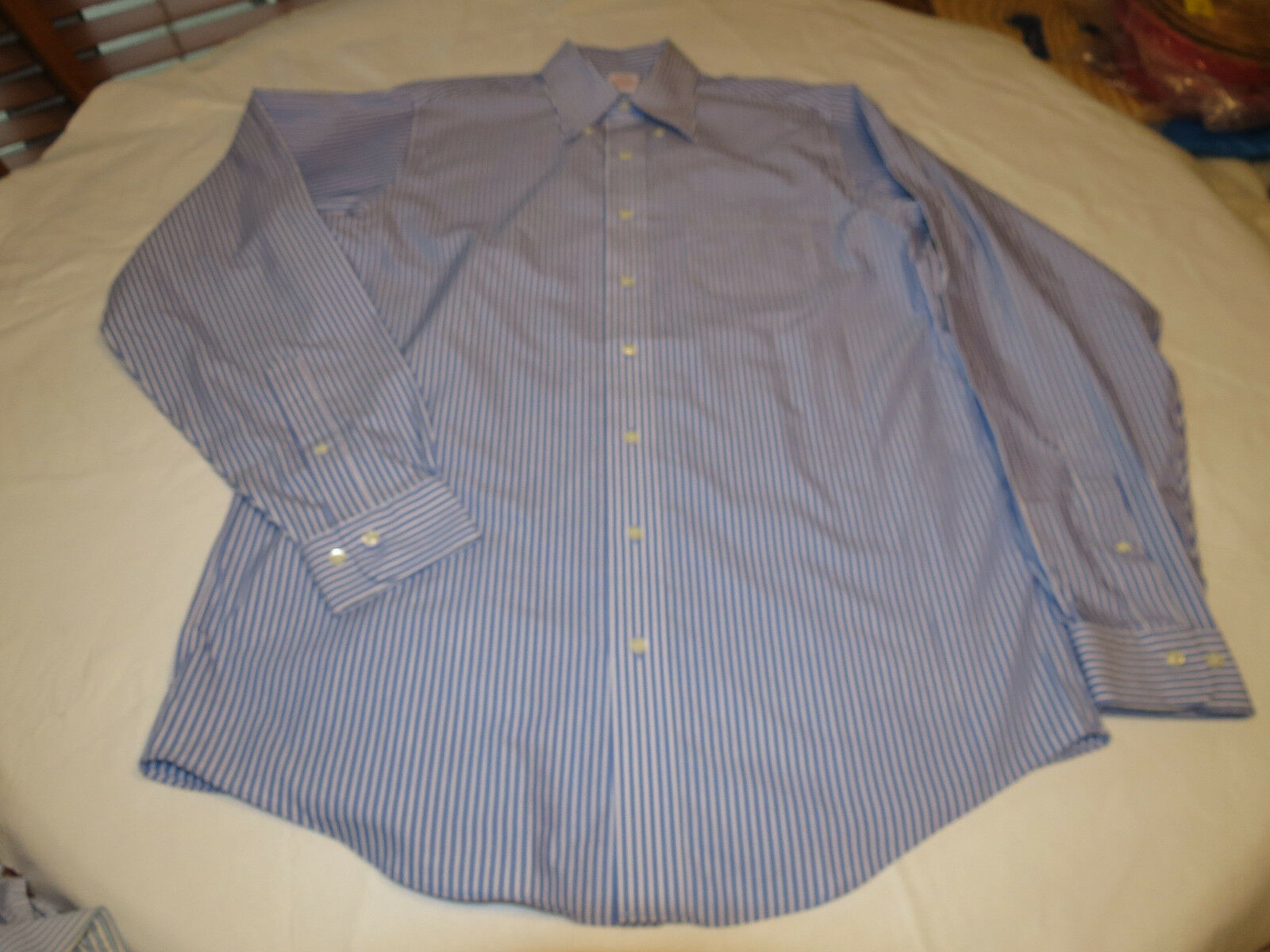 Brooks Bredhers Mens long sleeve button shirt 16-6 7 cotton bluee white EUC @