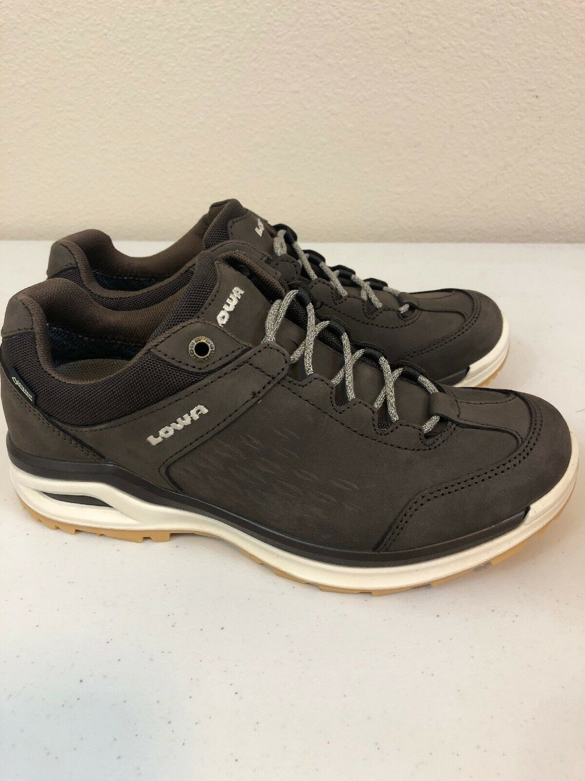 Lowa Locarno  Gore-tex Low Top Hiking shoes Womens Size 7 Brown  all in high quality and low price