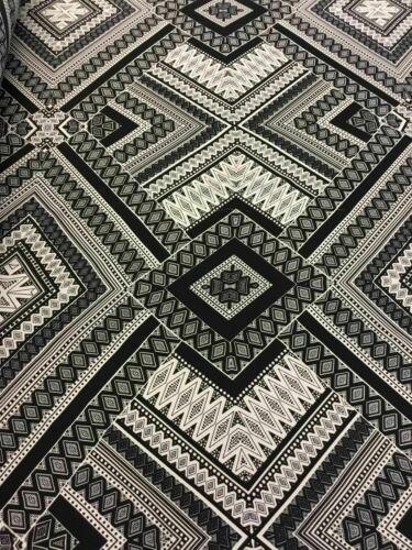 """New High Class Designer crêpe de Chine géométrique Imprimer Tissu 57/"""" 146 cm"""