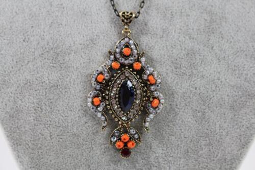Halskette mit großem Anhänger Schmuckmetall Stein /& Perlenbesatz Barock Stil