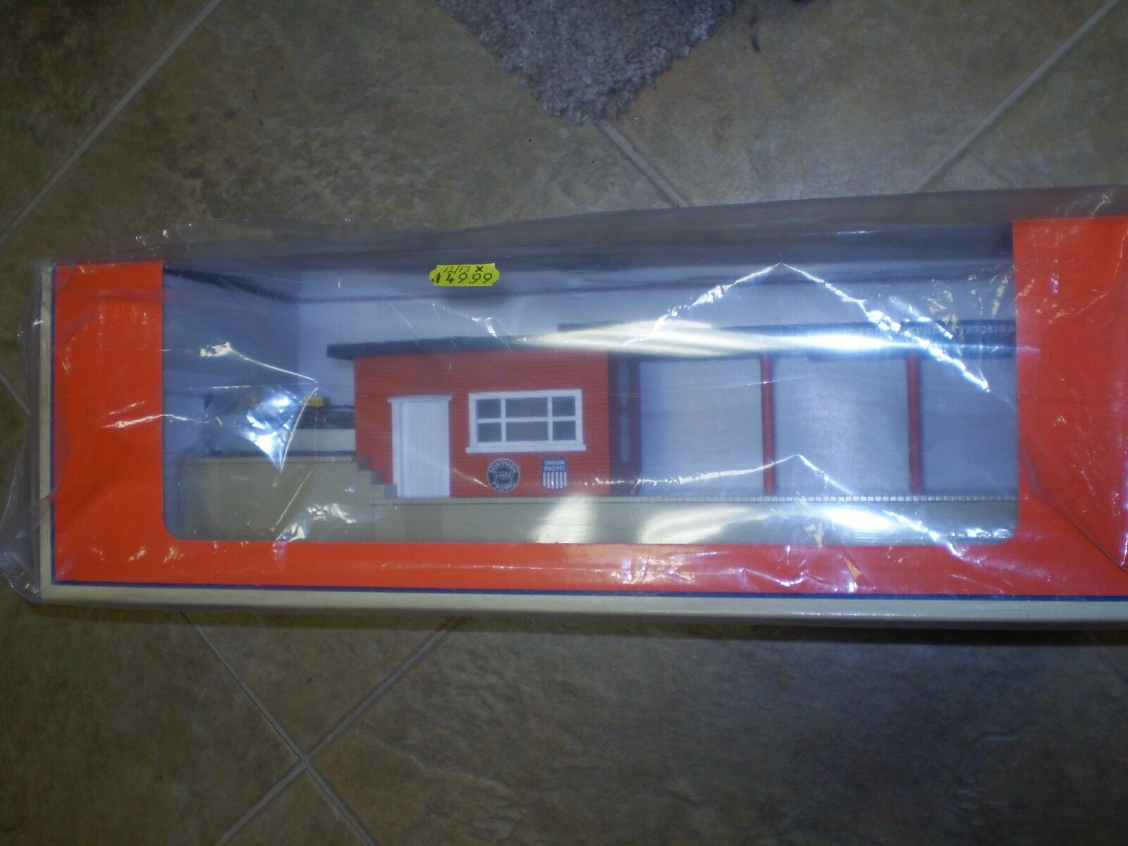 LIONEL 6-37975 OPERATING SOUTHERN PACIFIC FREIGHT TERMINAL NIB NEW