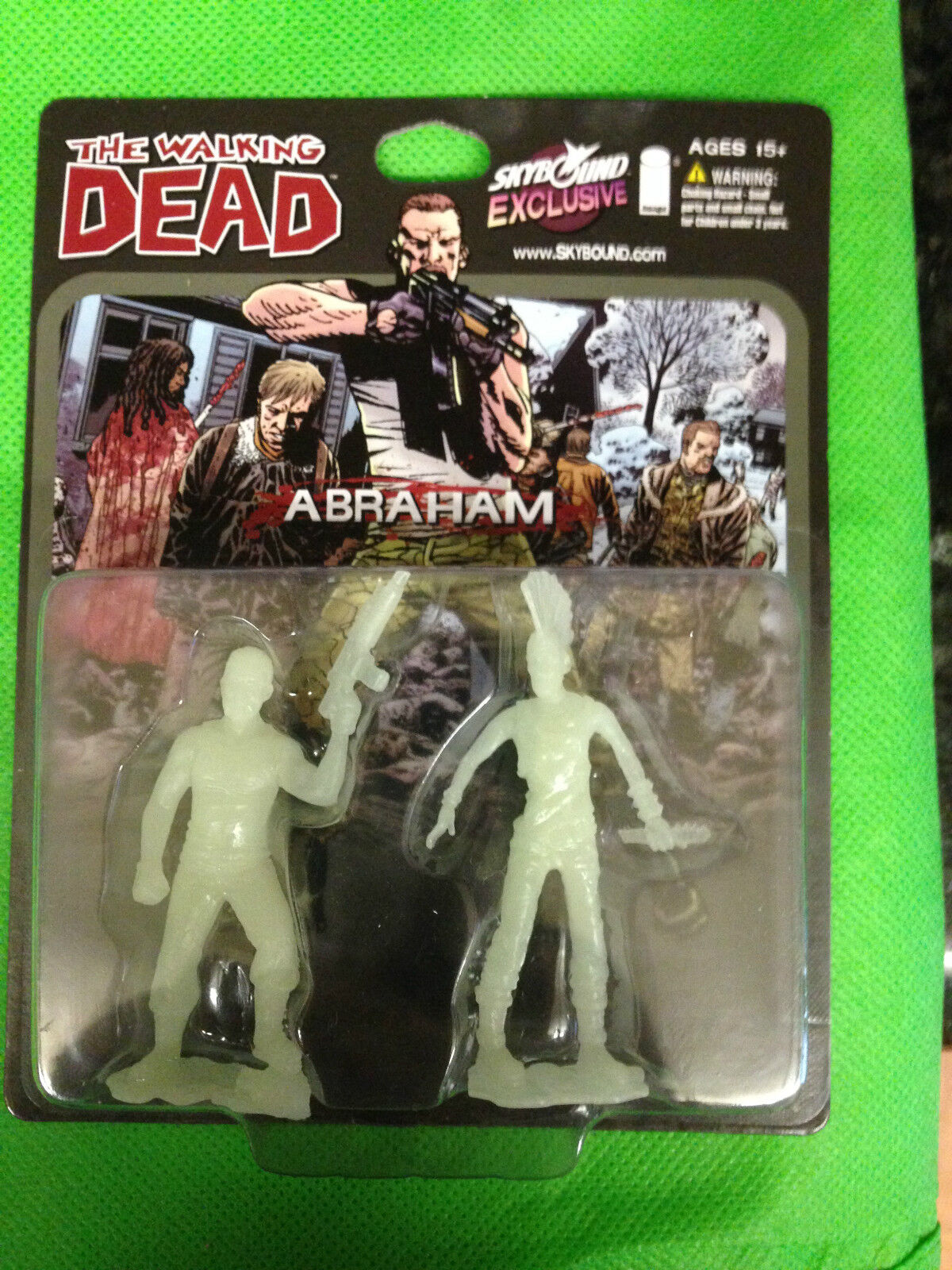 SDCC 2014 THE THE THE WALKING DEAD SKYBOUND ABRAHAM GLOW IN THE DARK GID 500 MADE  RARE 7b7ae8