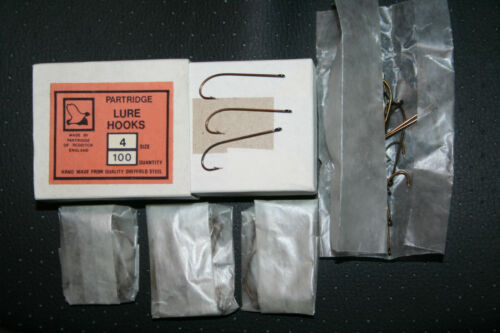 Vintage Partridge Lure Hooks 100 boxed old shop stock superb quality