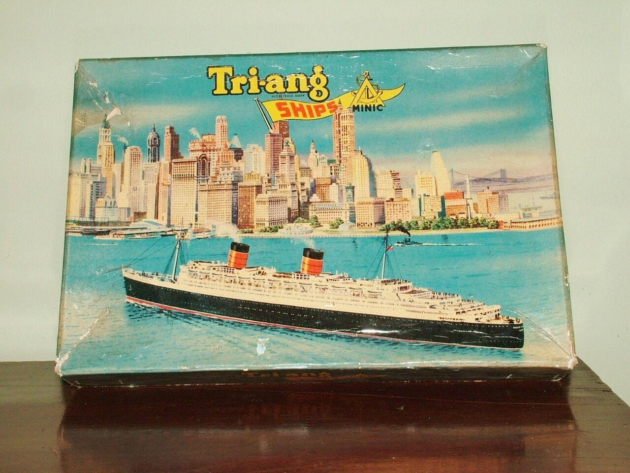 Triang Minic Ships M 891 RMS Queen Elizabeth présentation Set