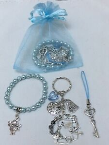Alice-In-Wonderland-Pre-Filled-Party-Bags-Bracelet-Keyring-amp-Phone-Cord-Gift