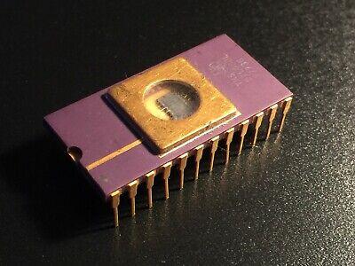Clone of Intel 2708 Rare soviet chip K573RF1 Golden Pins UV ERASABLE PROM