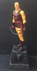 DAREDEVIL-YELLOW-MINI-STATUE-BY-BOWEN-DESIGNS-FACTORY-SEALED