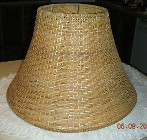 Vintage tan rattan bell shape woven lamp shade 11 34 t slip uno vintage forma de campana de mimbre de bronceado aloadofball Images