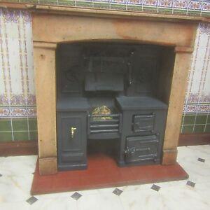 1-12-scale-Dolls-House-Built-in-kitchen-range-Wood-effect-surround-KRB3F-wood
