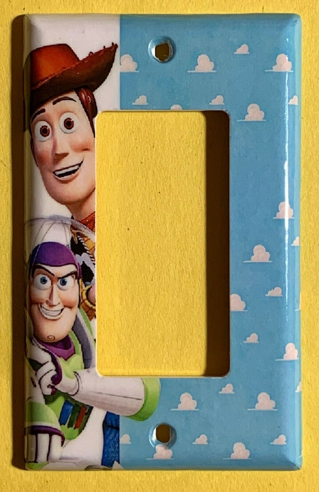 DISNEY/'s TOY STORY ~ BUZZ LIGHTYEAR WALL PLATE ~Resin Outlet Cover ~ BRAND NEW!